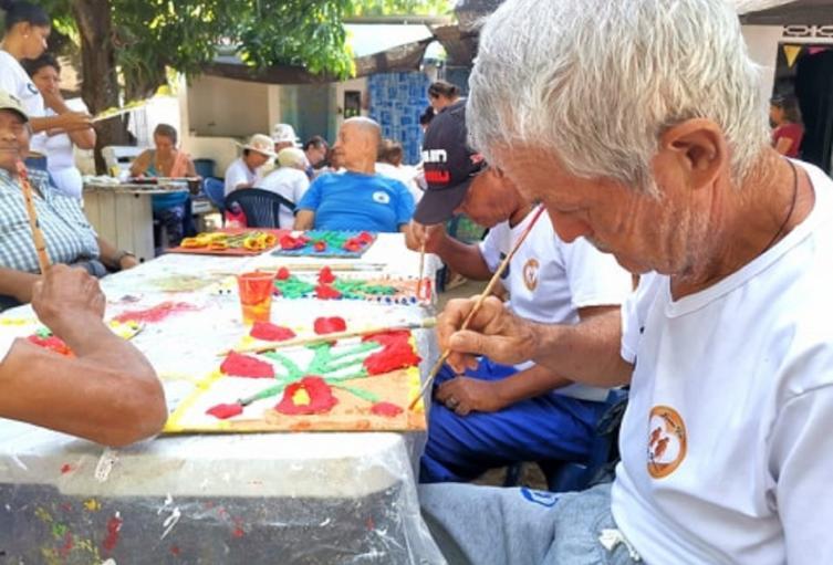 El convenio brindara atención integral a 195 adultos mayores de la zona urbana y 6 veredas