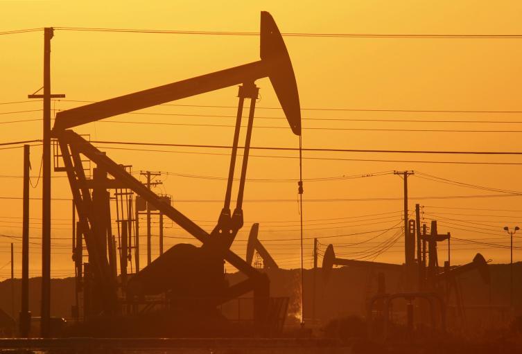 Fracking para extraer hidrocarburos.