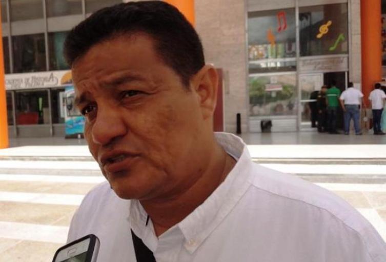 Por no montarse en bus, abogado pidió aplazar audiencia del Alcalde de Prado