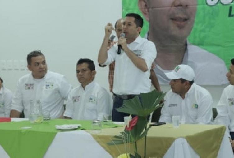 De acuerdo a Barreto, líderes que lo están acompañando, estan siendo hostigados por la alcaldía y gobernación