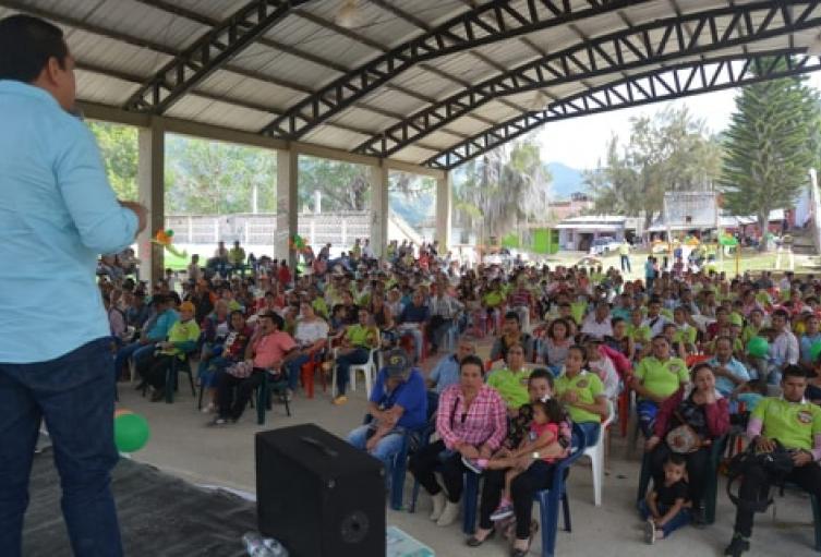 Durante el fin de semana Pinto recorrió varios municipios del Tolima