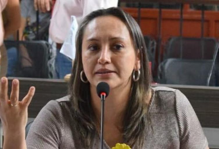Linda Perdomo fue imputada por la fiscalía por la elección irregular de contralor