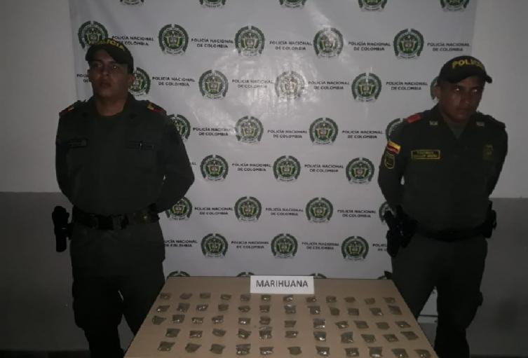 Peladito de 16 iba cargadito de marihuana en Chicoral