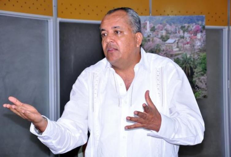 Delgado Peñónaseguróque Barreto esta alejado de la visión político - administrativa  y qué sólo 'se ha dedicado a la politiquería'