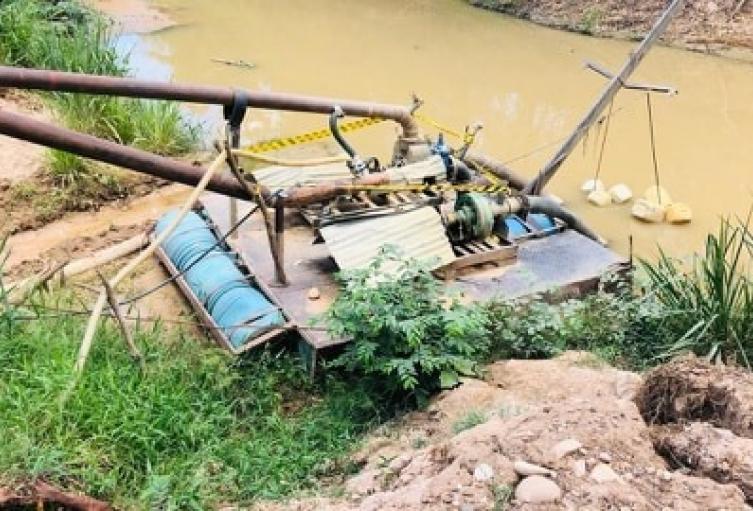 """Se evidenció la captación de agua superficial a la quebrada """"Apicalá"""""""
