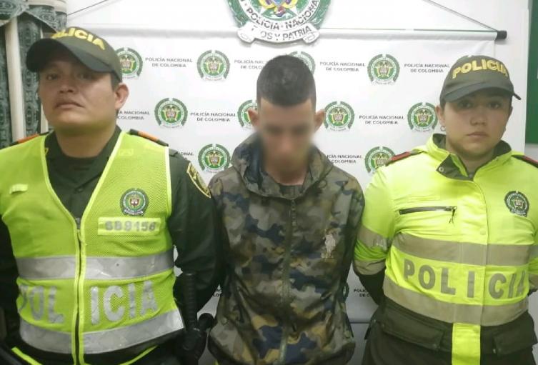 El hombre es señalado de robar en Bogotá