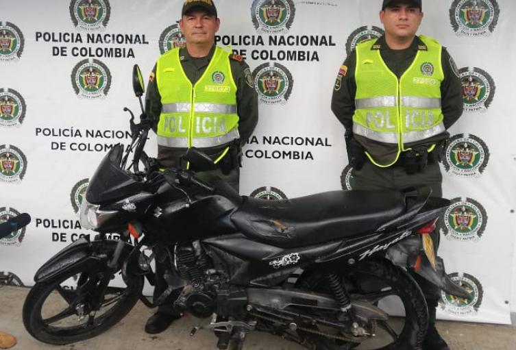 Los dos presuntos Ladrones huyeron de las autoridades.