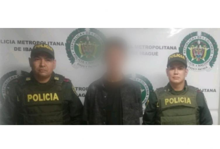 Lo capturaron en Modelia con un revólver y un chaleco antibalas