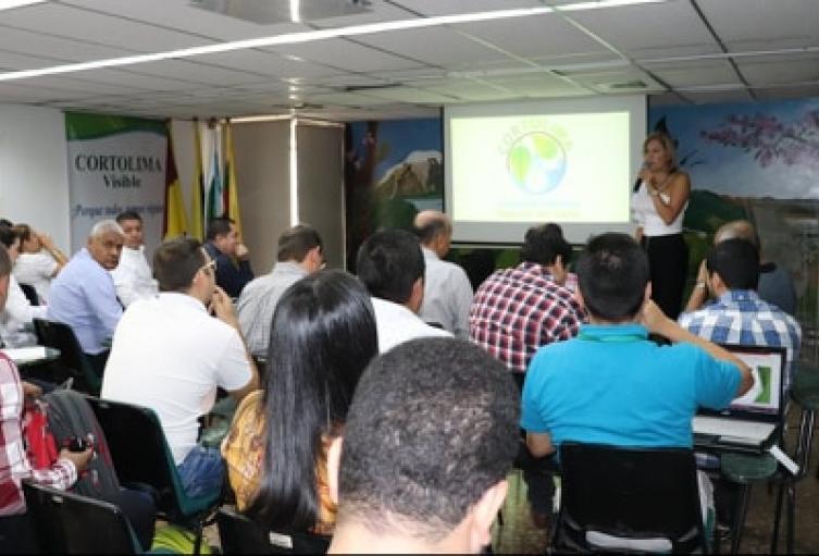 Se establecieron dos pruebas piloto que se realizarán en el Parque Centenario y en la Avenida Ambala