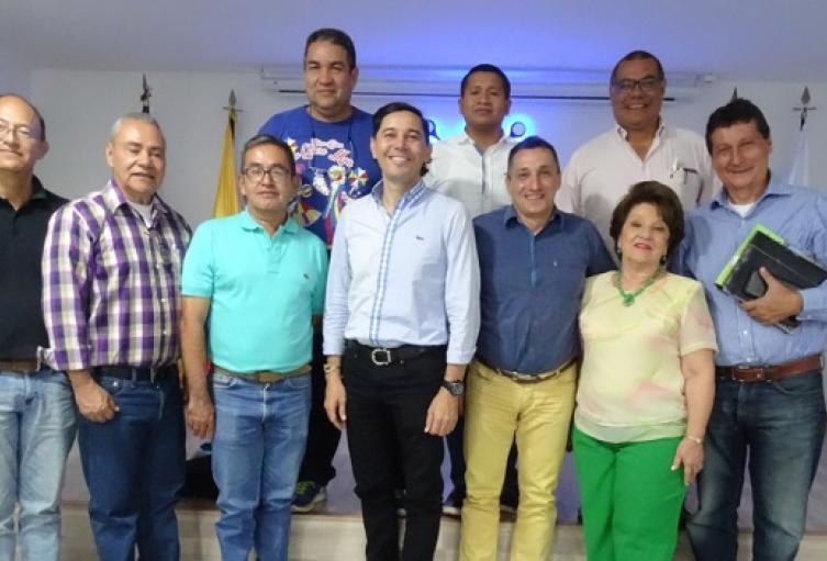 Se formó buen comité de expertos, para asesorar a las administraciones departamental y municipal