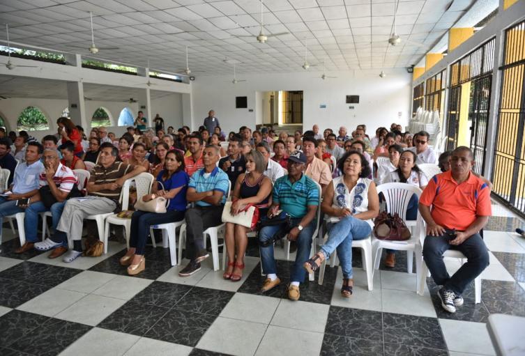 Miembros de las JAC de Ibagué