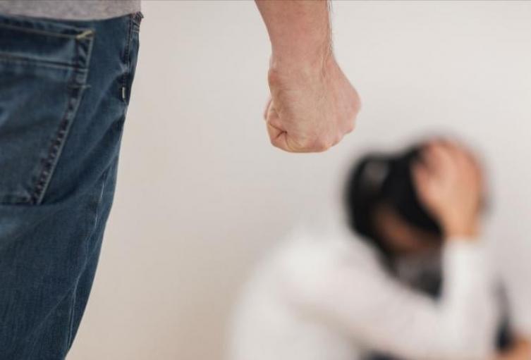 En lo corrido del año, se han recibido 293 denuncias de violencia física contra la mujer