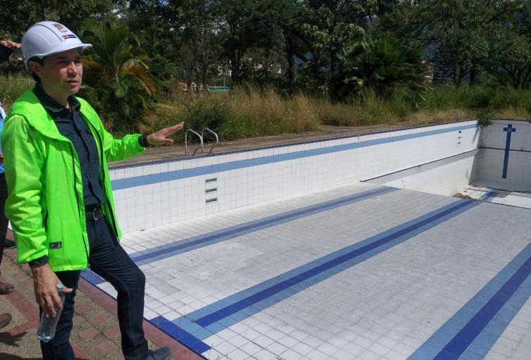 Motobombas de las piscinas de la 42 se perdieron durante la administración anterior