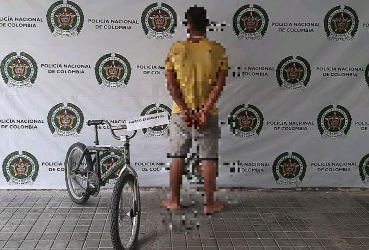 El capturado y elemento recuperado fueron dejados a disposición de la Fiscalía No. 61 local de Icononzo