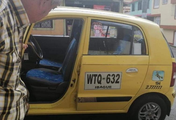 Hieren a taxista en medio de atraco
