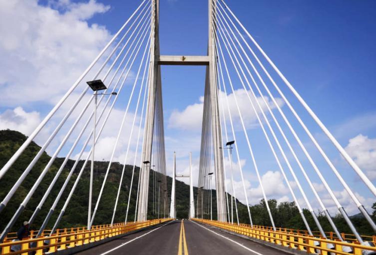 Puente Alfonso Palacio Rudas en Honda, Tolima