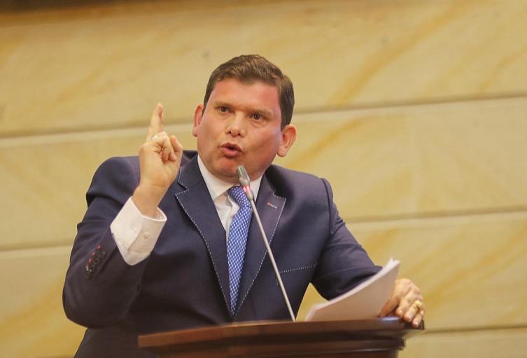 Senador John Milton Rodríguez