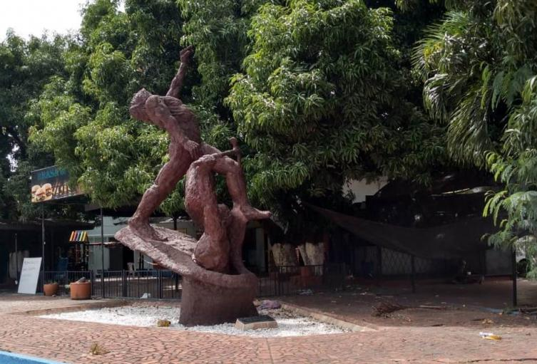 'Homenaje al Trabajador de la Construcción' inaugurado en mayo de 1978