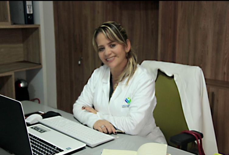 Bacterióloga Claudia Chacón