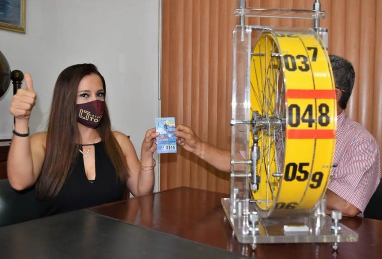 Lotería del Tolima entrega premio mayor