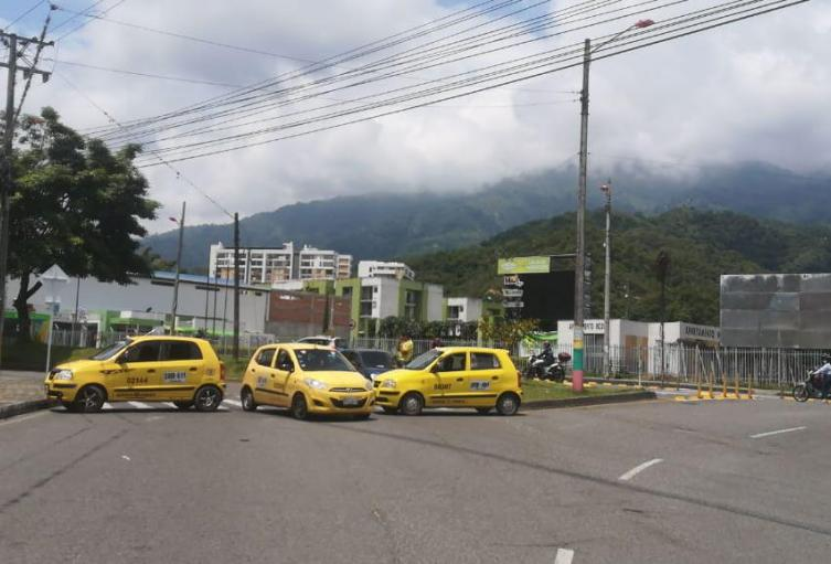 Protesta taxistas Ibagué
