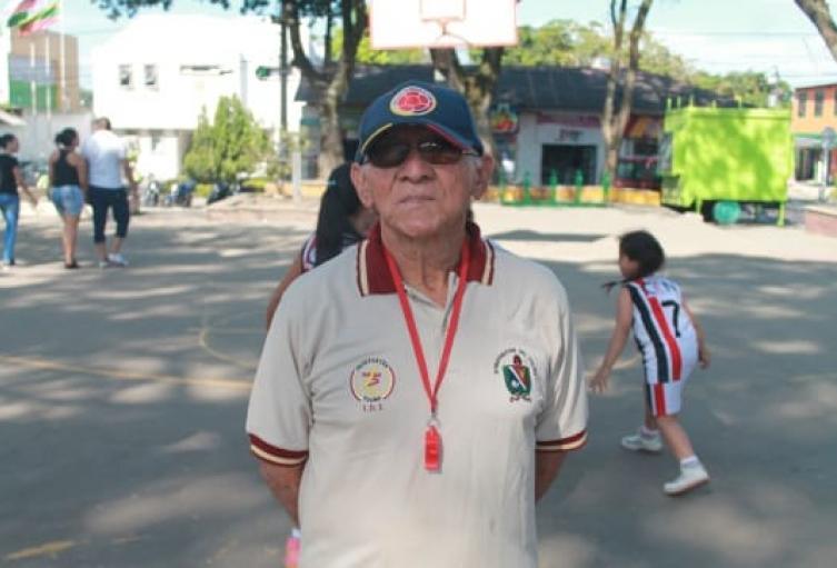 Murio Armando Silva