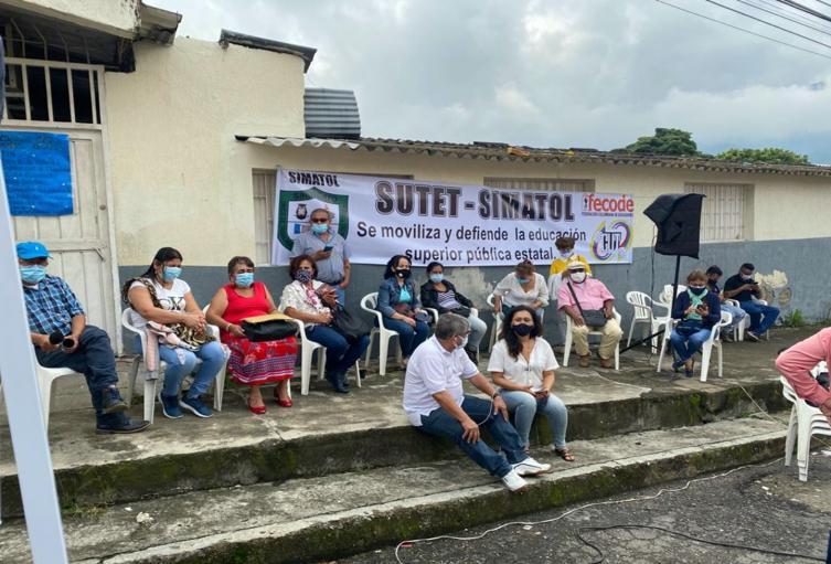 Docentes del colegio San Pedro Alejandrino Ibagué