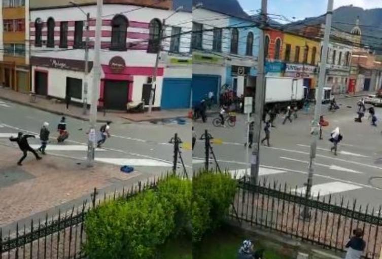 Pelea a machete, cuchillo y piedra en el centro de Bogotá