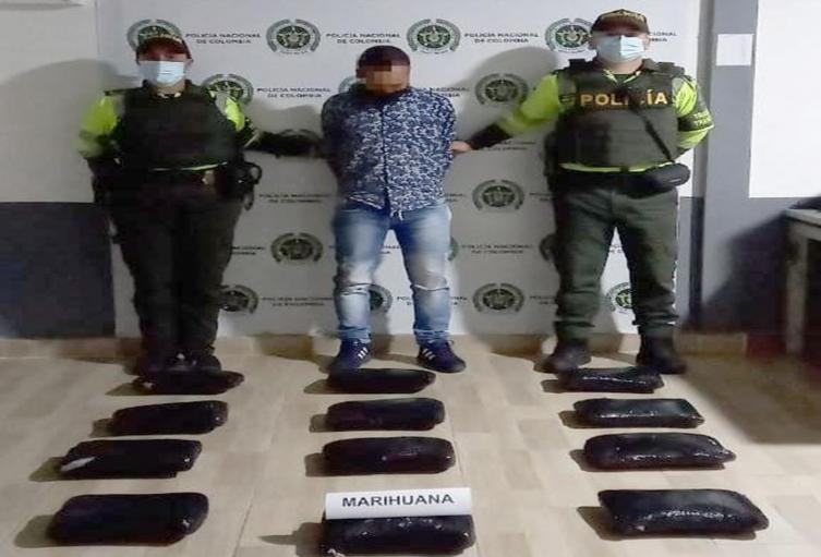 Cayó pasajero con 13.500 dosis de marihuana camufladas en tulas con plátanos en Cajamarca