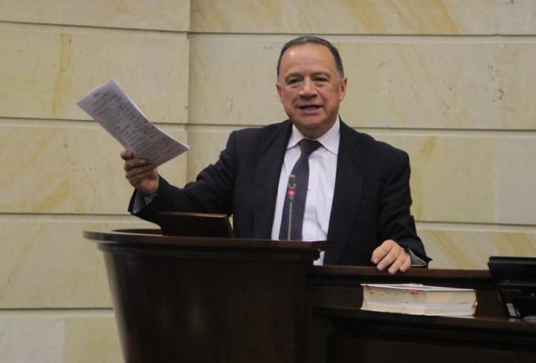 Senador Eduardo Enríquez Maya