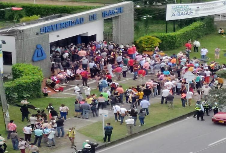Universidad de Ibagué 2021 aglomeraciones