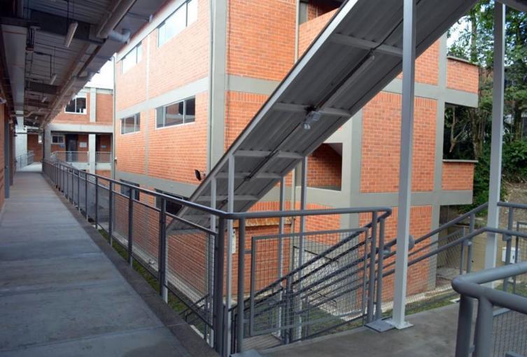 1--Colegio Ciudad Luz
