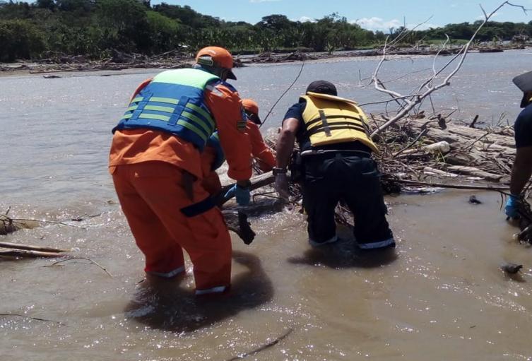 Recuperaron el cuerpo de un hombre ahogado en el río Prado