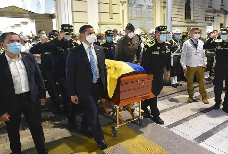 Ministro del Interior asistió a honras fúnebre