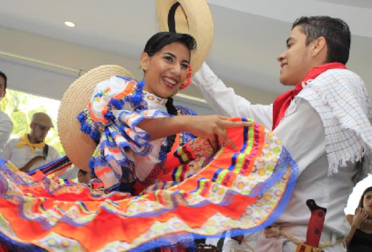 1°-festival-de-la-colombianidad.png