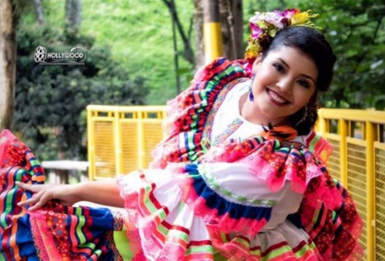 178Ana-Garzón-Srta.-Comuna-10.jpeg