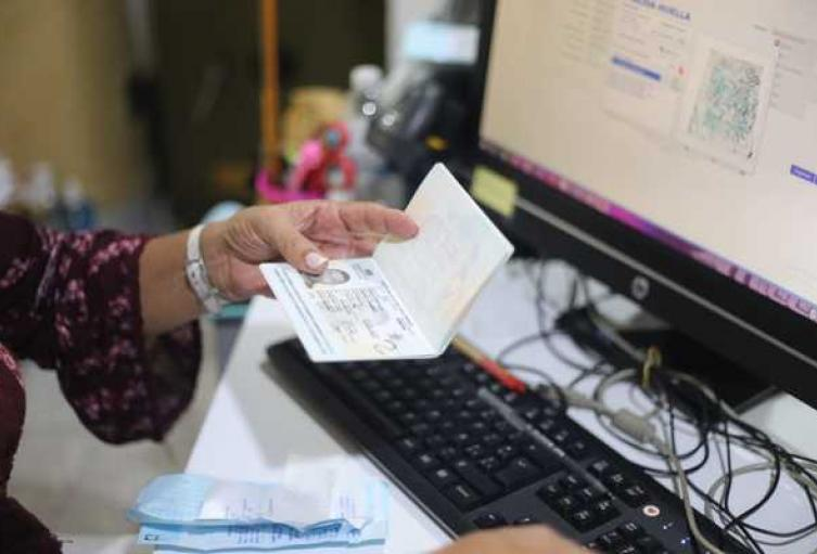 8-mil-600-pasaportes-han-sido-expedidos-en-el-Tolima.jpg