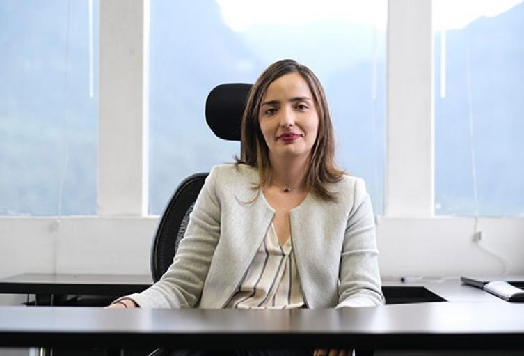 Ana-María-Aristizábal-Contratos-Plan.jpg
