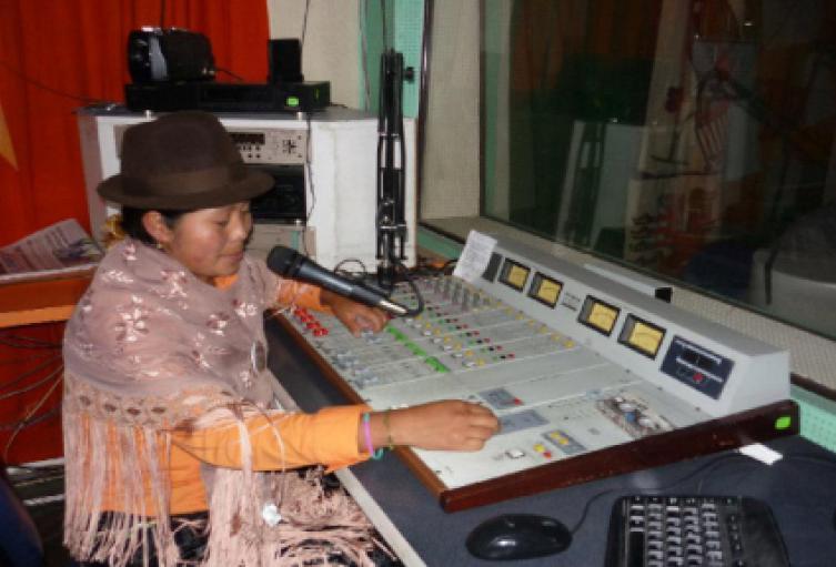 Cómo-participar-en-la-convocatoria-de-emisoras-comunitarias-del-MinTIC.jpg