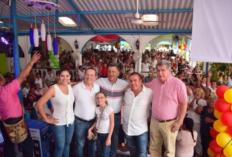 Campaña-de-Ricardo-Orozco-consolida-alianza-entre-partidos-de-la-Unidad-Conservador-y-otras-fuerzas-políticas.jpg