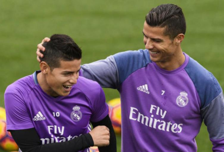 Cristiano-Ronaldo-llamó-a-James-para-convencerlo-de-jugar-en-Juventus.jpg