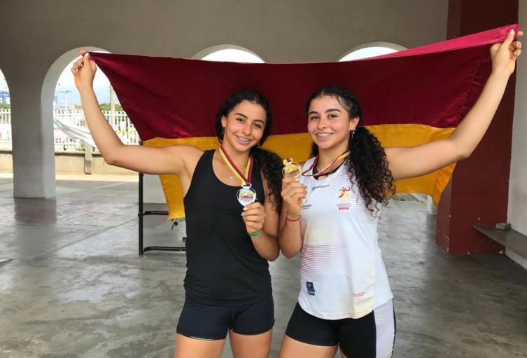 Estudiantes-De-La-UT-Ganaron-Oro-Y-Plata-En-Evento-Nacional-Y-Clasifican-Con-Su-Entrenador-A-La-Selección-Colombia..jpeg