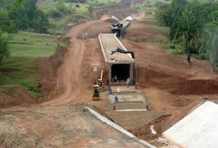 Gobernación-adelantará-obras-por-760-millones-para-distrito-de-riego-de-Asomaracaibo.jpg