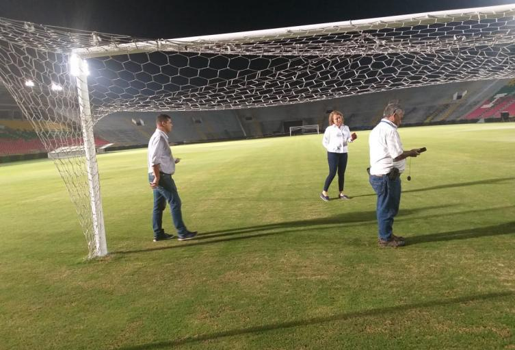 Iluminacion-Estadio.jpg