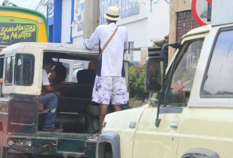 Incrementan-operativos-policiales-para-frenar-el-transporte-ilegal-en-las-carreteras..jpg