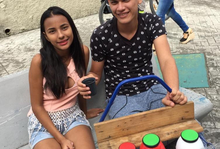 Jóvenes-Venezolanos-llamaron-la-atención-a-sus-hermanos-bolivarianos-en-Ibagué.jpeg