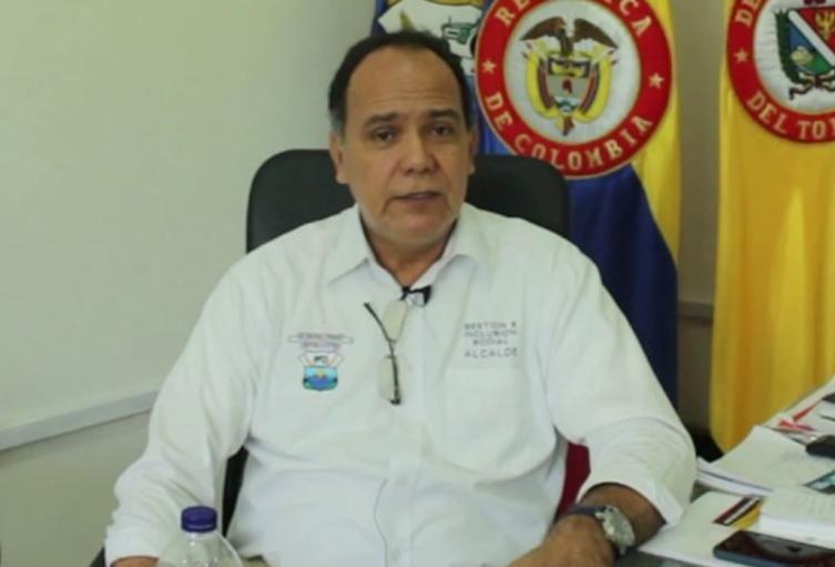 Jorge-Arciniegas-alcalde-Saldaa.jpg