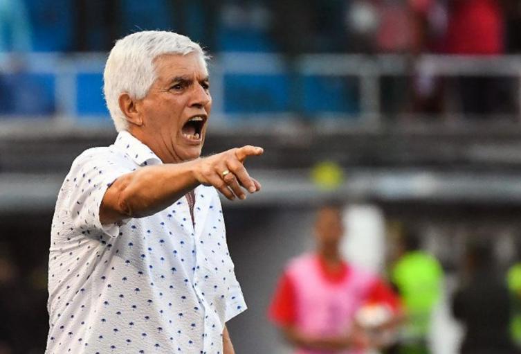 Julio-Comesaña-molesto-con-el-arbitraje-tras-el-empate-contra-Tolima.jpg