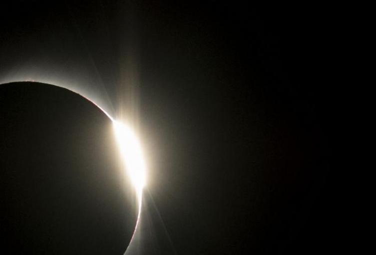 Las-alucinantes-imágenes-que-deja-el-eclipse-solar.jpg