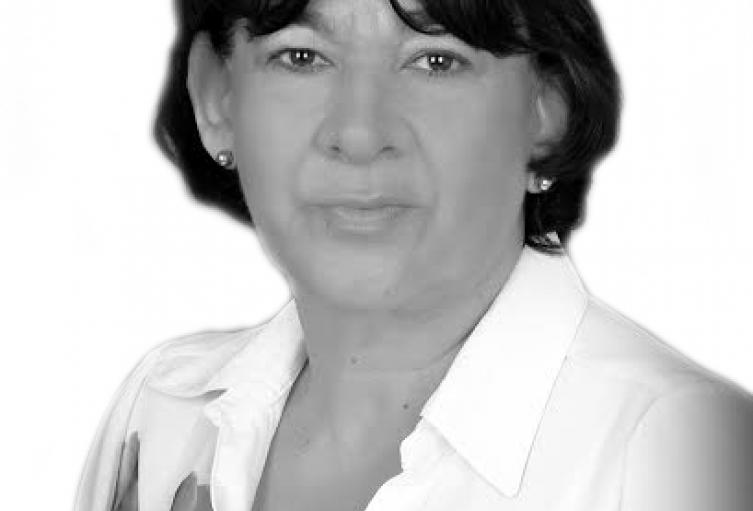 Laura-Castro.jpg